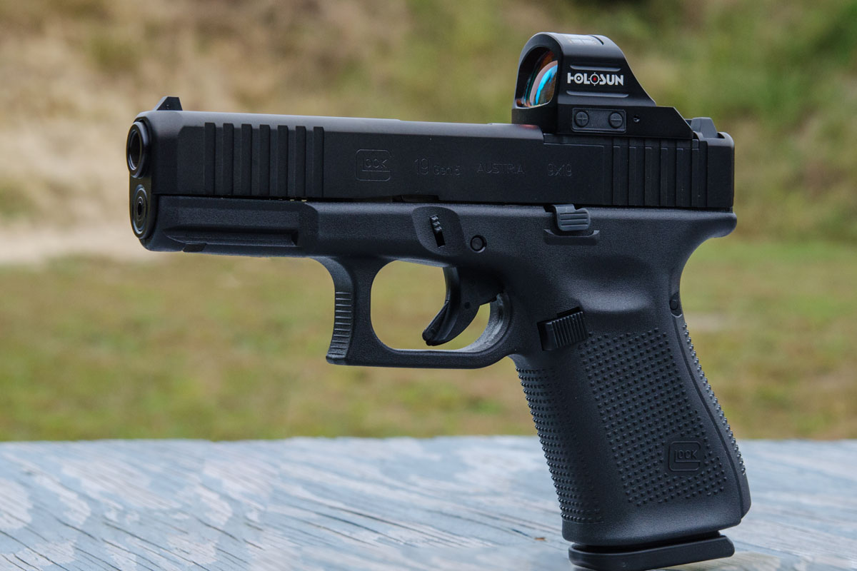 Best Glock Sights Reviews 2020 - Do Not Buy Before this read!